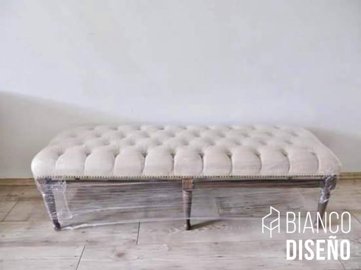 Muebles complemento (Pie de cama): Recámaras de estilo  por Bianco  Diseño
