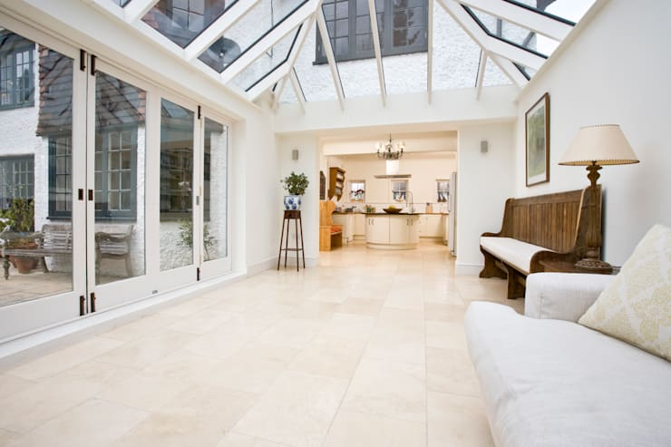 Traditional conservatory:  Conservatory by Blankstone