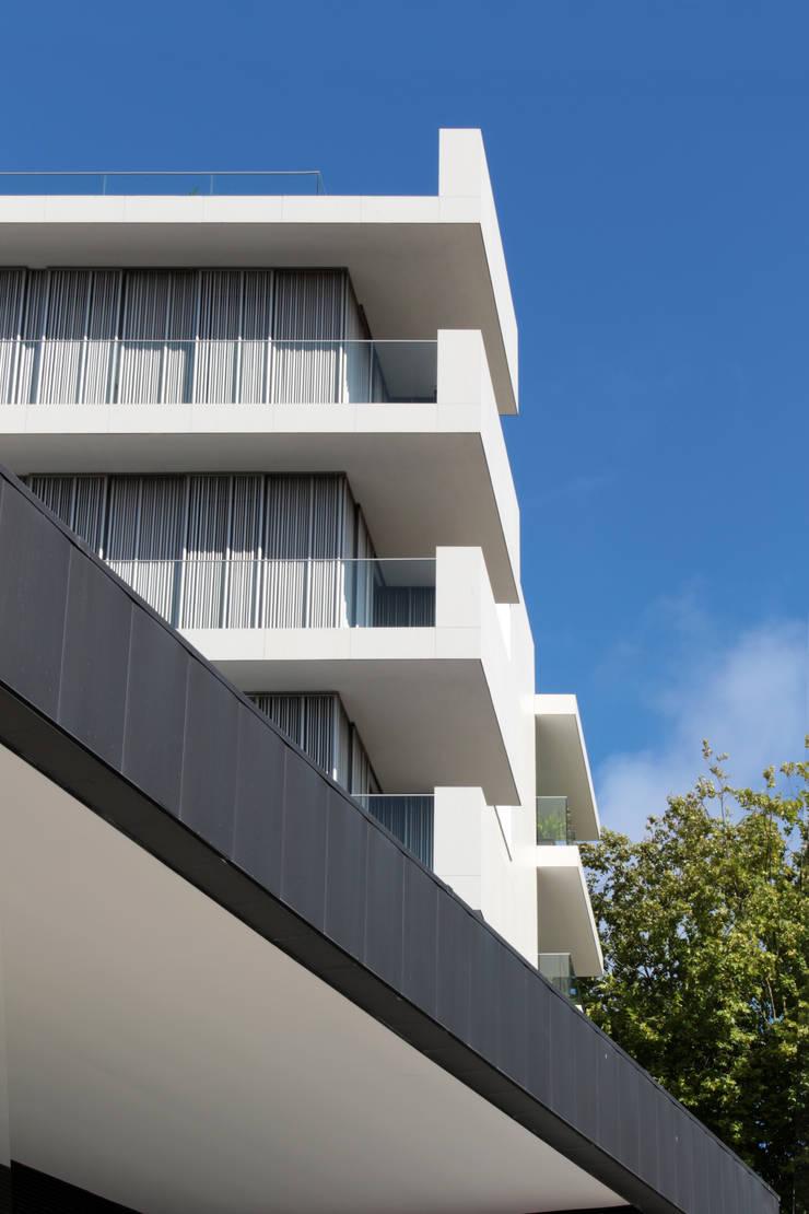 Spazio Park: Casas  por Sónia Cruz - Arquitectura