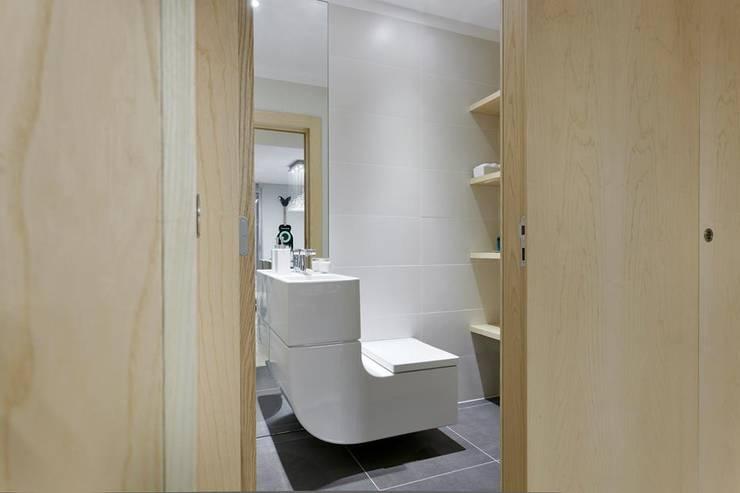 Spazio Park: Casas de banho  por Sónia Cruz - Arquitectura