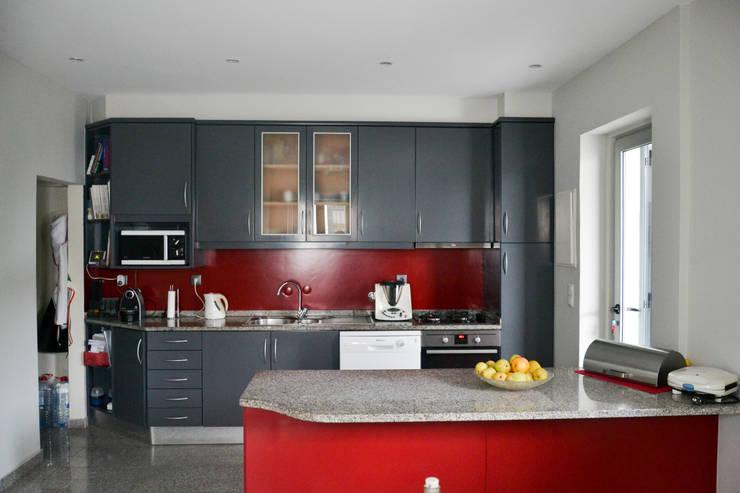 Cozinha: Cozinhas  por FIlipa Figueira Arquitectura