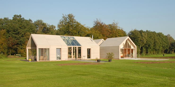 Villa Nieuw Kagelink:  Huizen door ten dAm Architecten