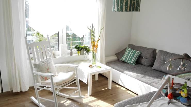 Living:  Wohnzimmer von Koala Designs