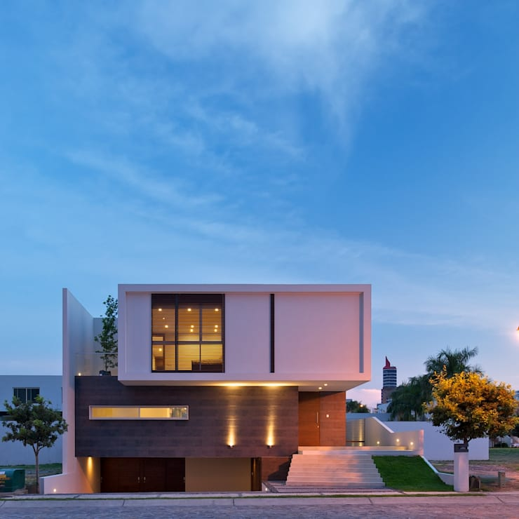 Casa Koz: Casas de estilo moderno por Tacher Arquitectos