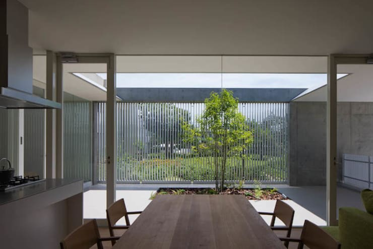 自由ヶ丘の家: MANI建築デザイン事務所が手掛けたダイニングです。,