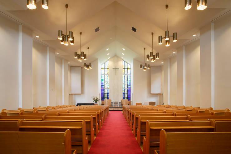 礼拝堂: ジョイ建築設計事務所が手掛けたイベント会場です。