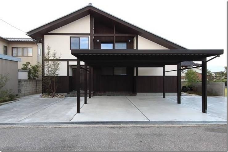 藤の木の家: 坂東建築設計室が手掛けた家です。,
