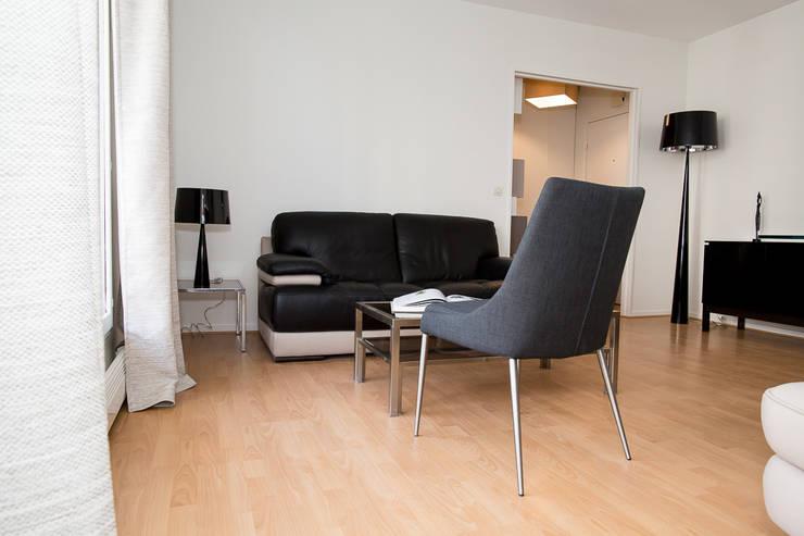 Salon après- Appartement Courbevoie:  de style  par Nuance d'intérieur