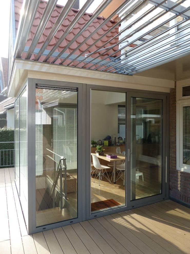Transformatie woonhuis Arnhem:  Jachten & jets door Van de Looi en Jacobs Architecten