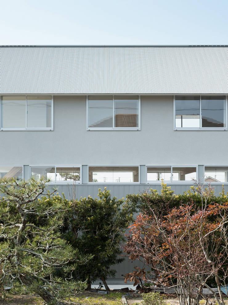 小笠の浮き家/floating house in Ogasa: 後藤周平建築設計事務所が手掛けた家です。