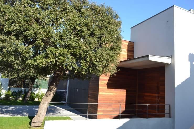 Vivienda Unifamiliar en Rubí: Casas de estilo  de SRS Arquitectura y Urbanismo SLP