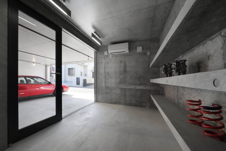 Garage/schuur door 有限会社Kaデザイン