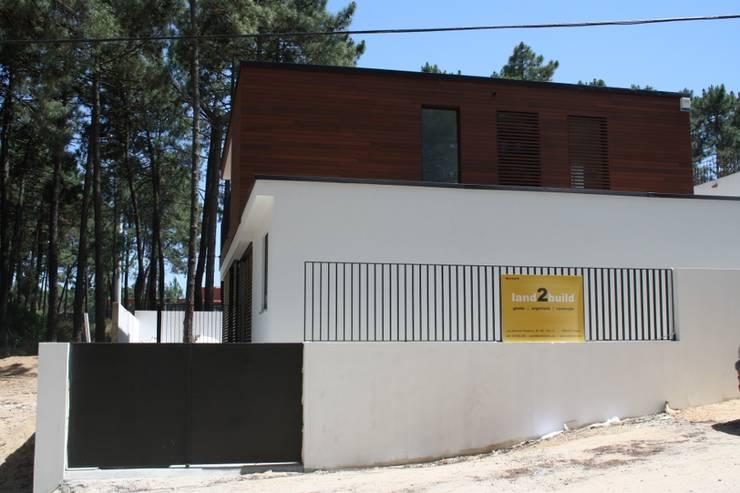 Habitação unifamiliar na Aroeira:   por land2build