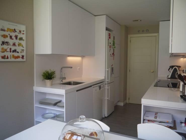 Projekty,  Kuchnia zaprojektowane przez J&C Salafranca Decoración S.L