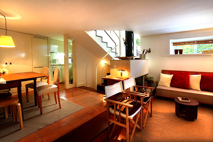 Salas: Salas de estar modernas por MANUEL CORREIA FERNANDES, ARQUITECTO E ASSOCIADOS