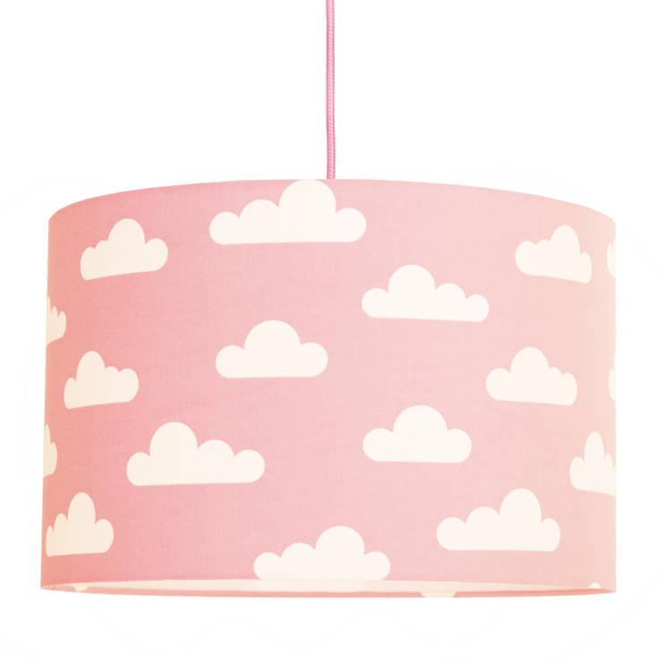 Lampa sufitowa chmurki na różowym: styl , w kategorii  zaprojektowany przez youngDECO,Skandynawski Bawełna Czerwony