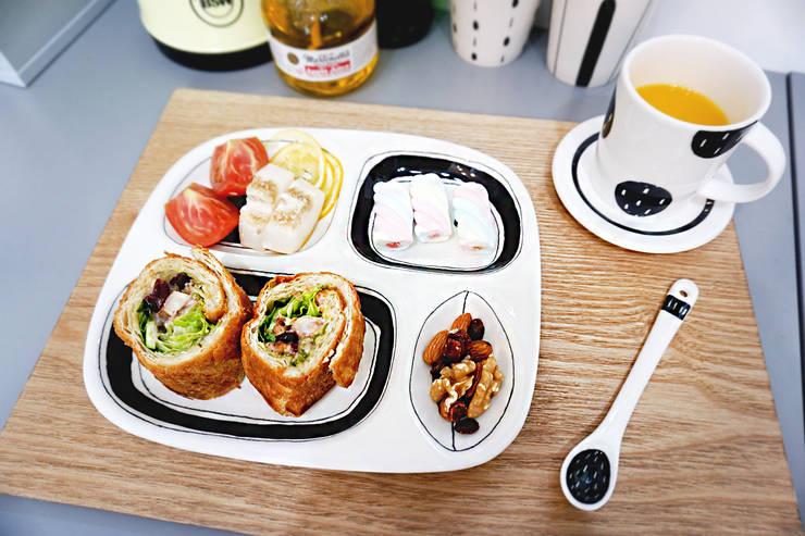 라운드 키즈식판: 그릇이좋아 의  주방