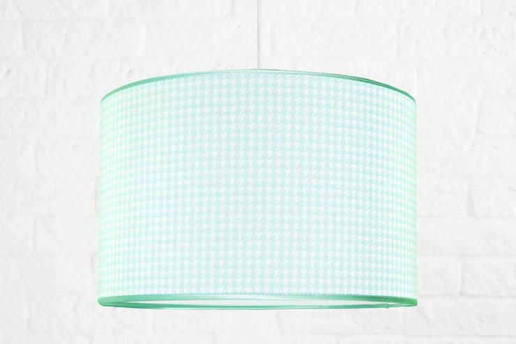 Lampa sufitowa pepitka miętowa z lamówką: styl , w kategorii Pokój dziecięcy zaprojektowany przez youngDECO,