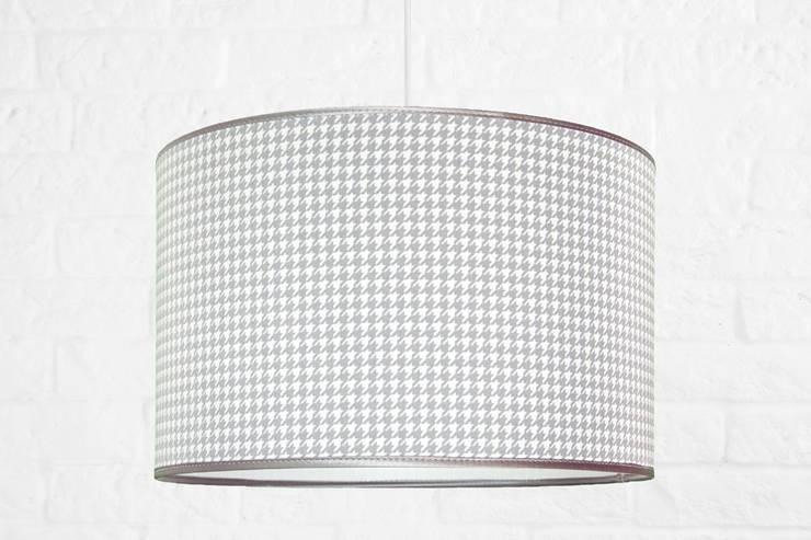 Lampa sufitowa pepitka szara z lamówką: styl , w kategorii Pokój dziecięcy zaprojektowany przez youngDECO,