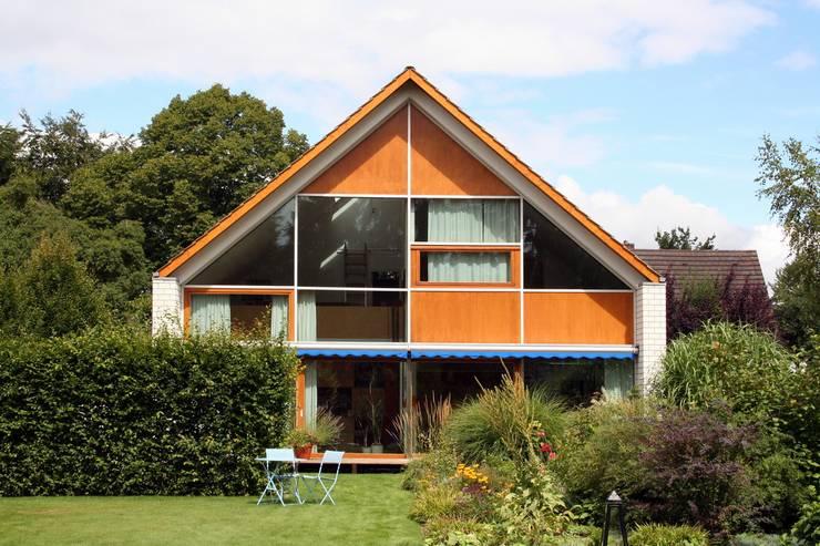 WAF Architekten의  주택