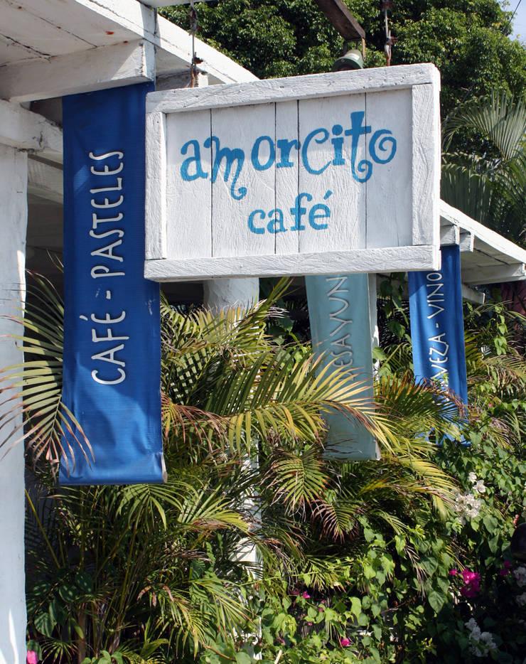Amorcito Cafe- Boue Arquitectos : Restaurantes de estilo  por Boué Arquitectos