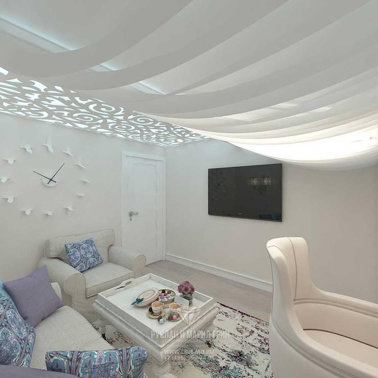 Дизайн кабинета: Рабочие кабинеты в . Автор – Студия дизайна интерьера Руслана и Марии Грин,