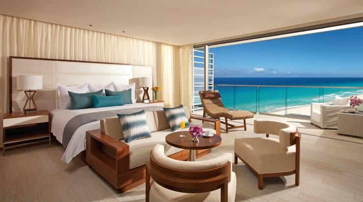 Secrets the vine. Cancún: Recámaras de estilo  por Marbol industria Mueblera