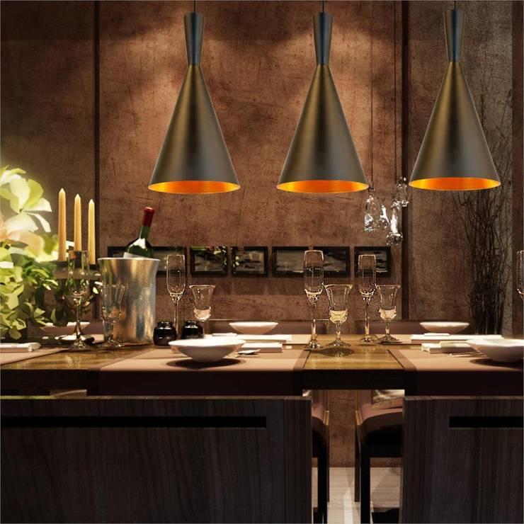 Jadalnia z wykorzystaniem lamp wiszących Garda.: styl , w kategorii Jadalnia zaprojektowany przez Ekotechnik24.pl - lampy na indywidualne zamówienie