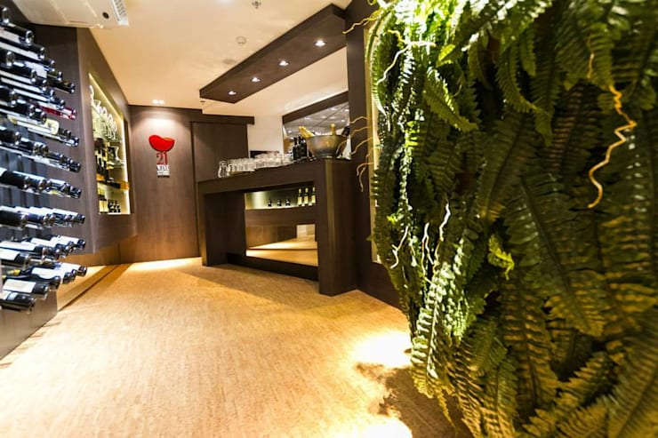 21 Wine Store: Lojas e imóveis comerciais  por Priscila Machado Arquitetura