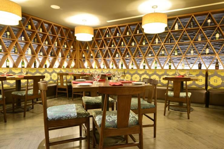 Moon Palace Nizuc Cancún.: Comedores de estilo  por Marbol industria Mueblera