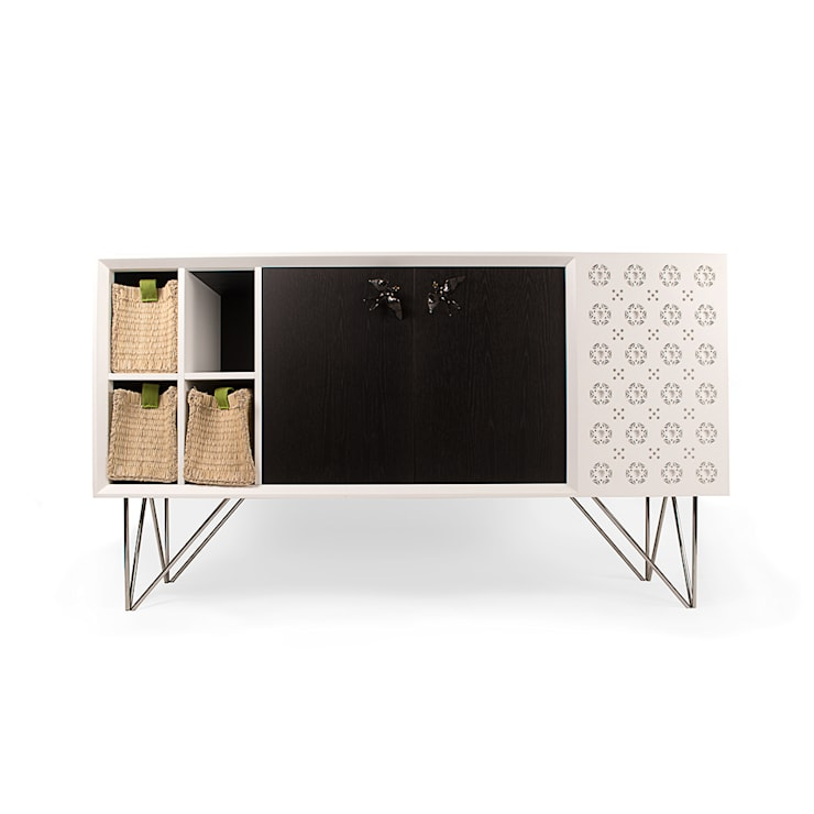 mediterranean Dining room by GOTO