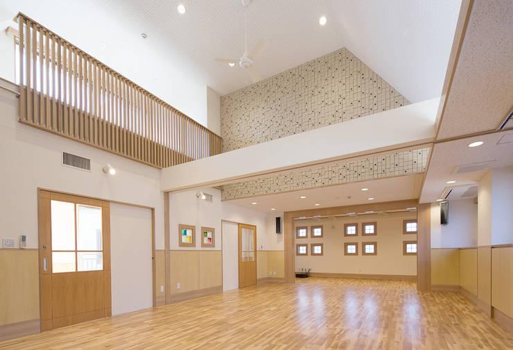 nozominoie: 有限会社 永見建築設計事務所が手掛けた和室です。