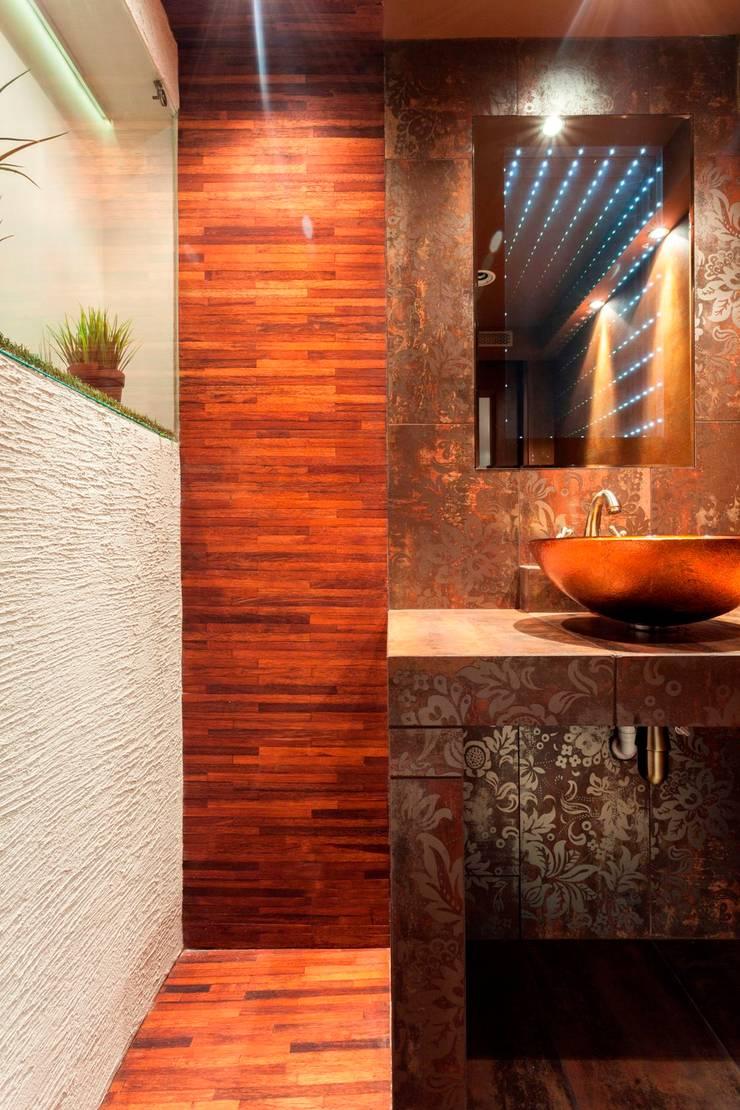Toaleta i łazienka.: styl , w kategorii Łazienka zaprojektowany przez Venturi Home Solutions