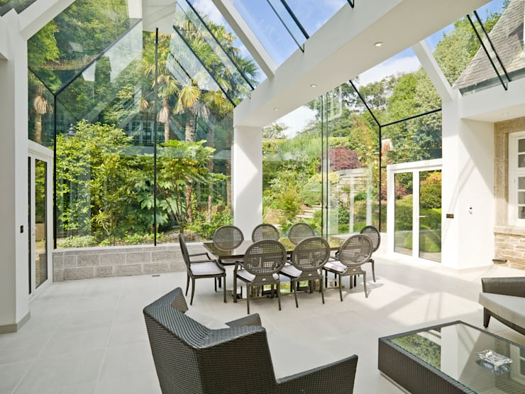 modern Conservatory by The Bazeley Partnership