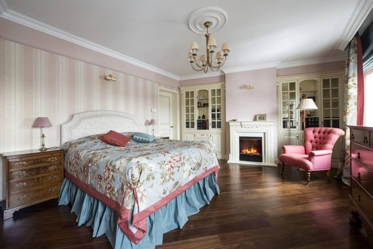 Проект квартиры в Викторианском стиле : Спальная комната  в . Автор – NABOKOFF английские интерьеры ,