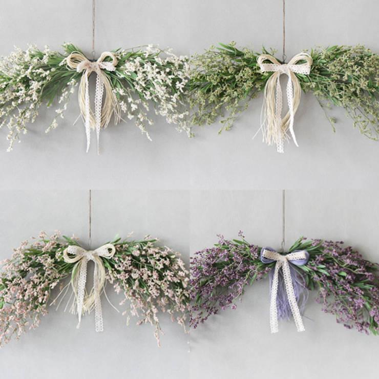화이트싸리스웨그: blooming&me의  가정 용품