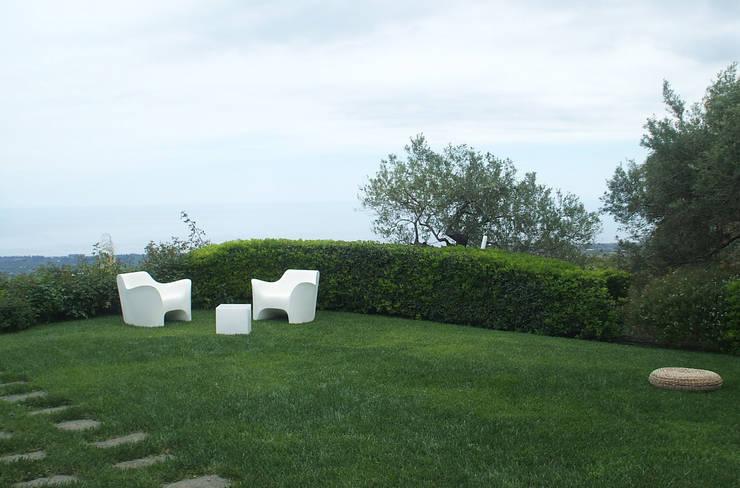 Jardines de estilo  por SPAZIO AV ARCHITETTURA VERDE AMBIENTE ARTE