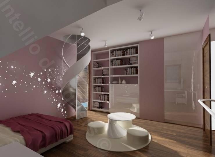 Pokój dziewczynki ze schodami: styl , w kategorii Pokój dziecięcy zaprojektowany przez Intellio designers,Nowoczesny