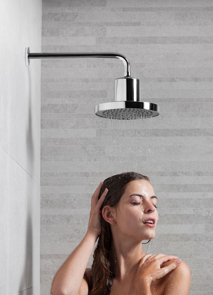 Main Call: Casa de banho  por Sanindusa
