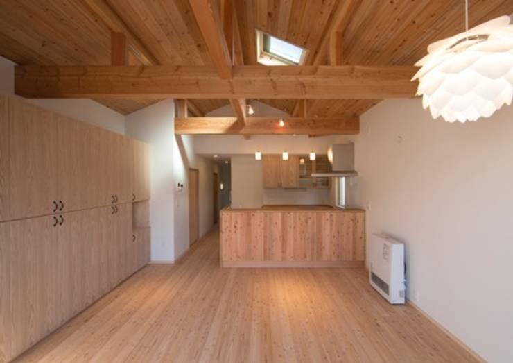 SUM邸: 株式会社エン工房が手掛けたキッチンです。