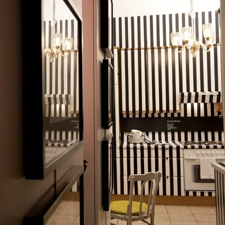 Apartment Wien Naschmarkt:  Küche von Christian Hantschel Interior Design