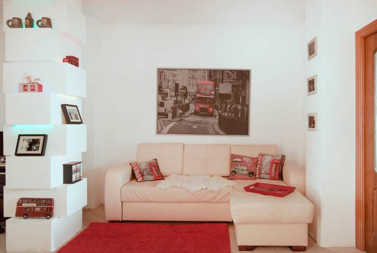 Дизайн-проект квартиры 72,3 м.кв.: Гостиная в . Автор – Iv Decor