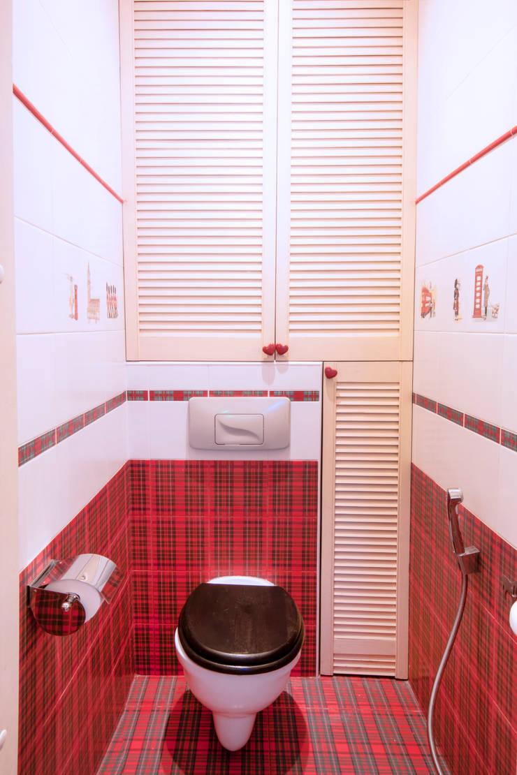 Дизайн-проект квартиры 72,3 м.кв.: Ванные комнаты в . Автор – Iv Decor