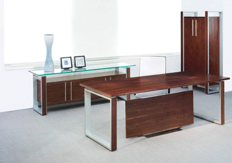 Ambit: Oficinas y tiendas de estilo  por Riviera