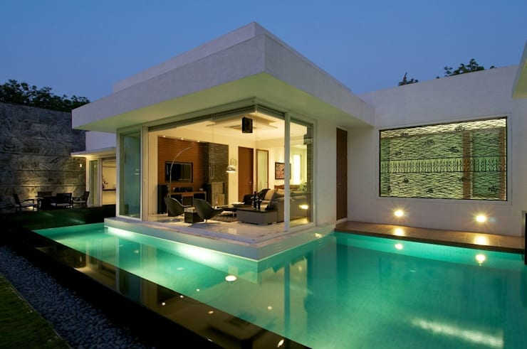 NP Villa: modern Pool by Atelier Design N Domain