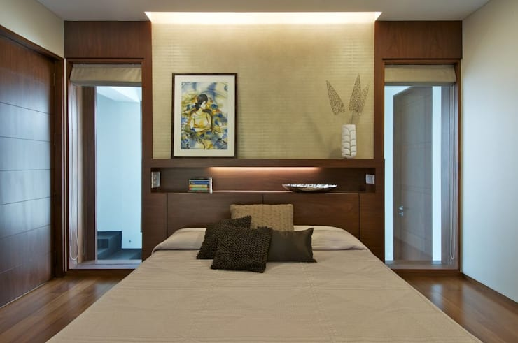 NP Villa:  Bedroom by Atelier Design N Domain