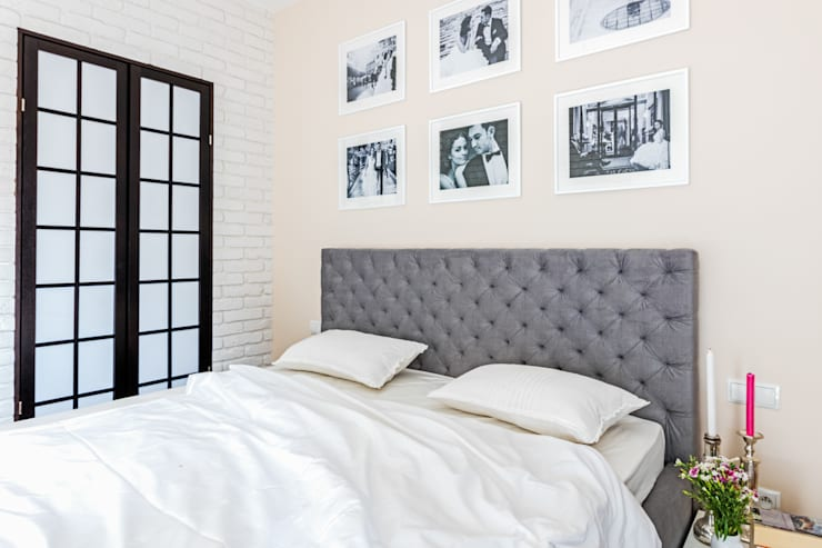 Dormitorios de estilo  de Ayuko Studio