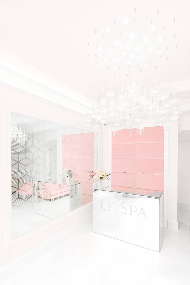 Sesja dla Le Spa: styl , w kategorii Kliniki zaprojektowany przez Ayuko Studio ,Klasyczny