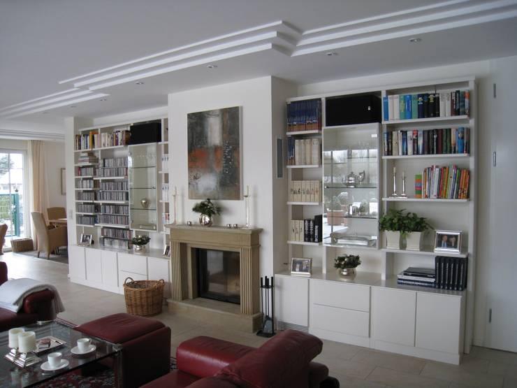 Salones de estilo ecléctico de Volkmann GmbH