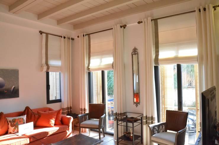 Levent Home Collection – Alaçatı, Oturma Odası Perde Uygulama:  tarz Oturma Odası